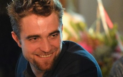 Woman gets naked at Robert Pattison premiere in Cannes
