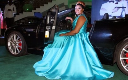 Omotola Jalade dazzles in light blue Cinderella gown at the premiere of new James Bond movie 'Spectre' (PHOTOS)