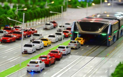 China unveils elevated bus to tackle traffic jams