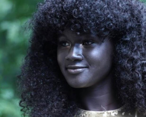 Is this Senegalese model Khoudia Diop the darkest woman in Africa?