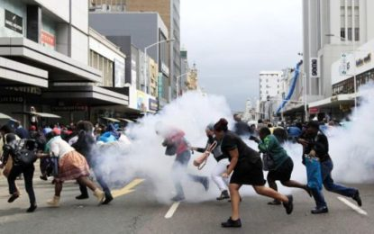 Zuma says violent student protesters will face the law