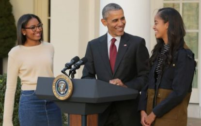 George Bush daughters pen touching letter to Obama daughters