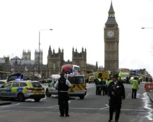 London attack: Two killed in Westminster 'terror' incident